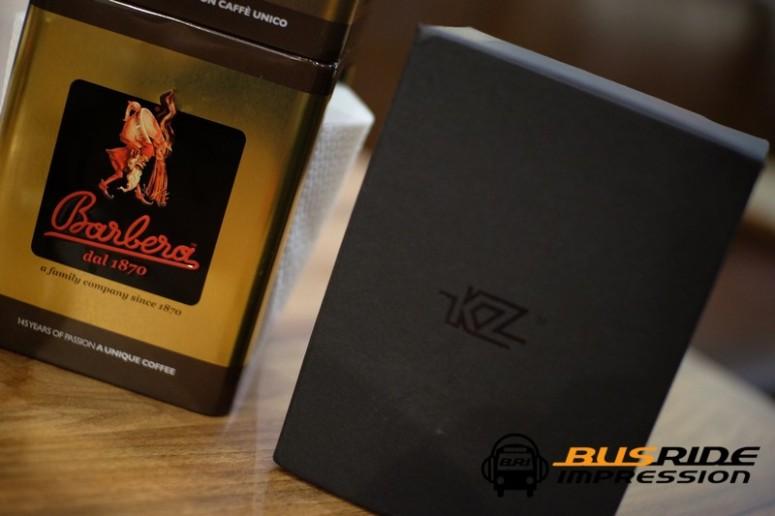 kz_as10_box1
